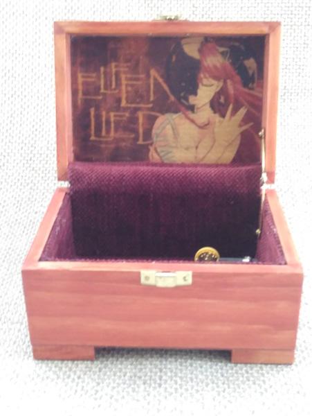 "Caja de música ""Lilium"" de Elfen Lied."