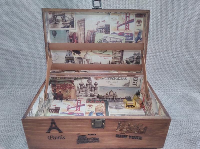 """Caja de música personalizada para recuerdos de viajes. Melodía """" David Jones de piratas del Caribe""""."""